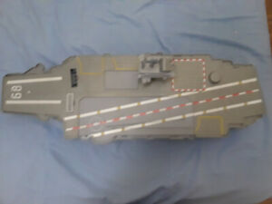 Giant Aircraft Carrier with removable parts