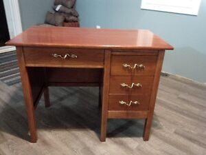 Solid Wood Secretary's Desk and Chair Cambridge Kitchener Area image 2