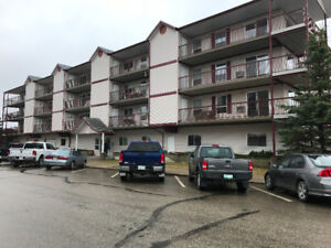 Pine Pointe Place Condo, Nipawin
