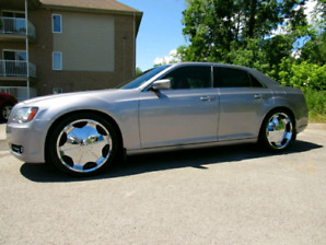 2013 CHRYSLER 300s With CARPROOF FULLY LOADED