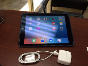 Ipad Air 2 (128GB+Cellulaire Unlocked)
