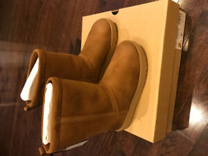 BRAND NEW AUTHENTIC WATERPROOF UGGS SIZE 7 - CHESTNUT COLOUR
