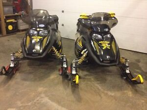 both 600 renegades 2006 with trailer