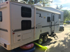 2002 Arctic Fox 5th wheel