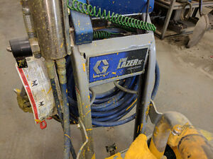 Graco Line Painter - Line Lazer IV 3900 - Barely Used