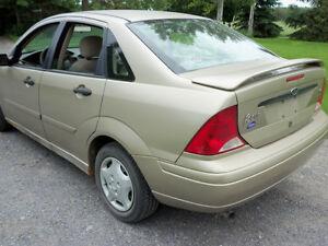 Parts Only 2001 Ford Focus 2 Liter 4 door Belleville Belleville Area image 7