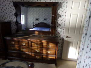 Quality  solid  bedroom suite , excellant condition10