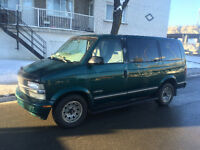 1998 Chevrolet Astro Familiale**COMME NEUF**8 PASSAGERS**