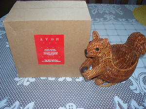 4Avon Gift Collection Wicker Baskets-squirrel,rooster,clam,mouse