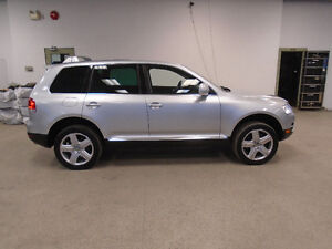 2004 Volkswagen Touareg 4X4 V8! NAVI! MINT! SPECIAL ONLY $9,900!