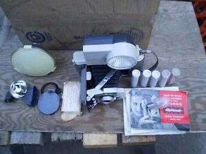 vintage POLAROID 80A LAND CAMERA vintage $100. Prince George British Columbia image 3