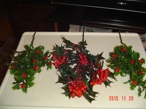 ASSORTMENT OF LARGER SEASONAL CRAFT ACCENTS & DECORATING SPIKES Windsor Region Ontario image 3
