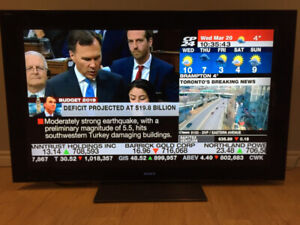 """Sony Bravia 55"""" LCD TV 100% Perfect Working Condition"""