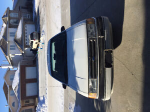 1990 Ford Tempo GL Sedan Need Gone ASAP 50580 KM