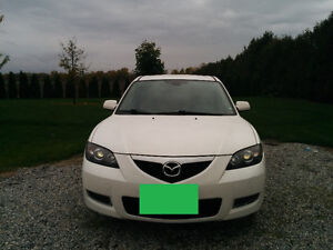 Well-equipped 2008 Mazda3, includes winter tires