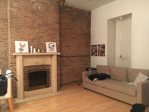 Summer Sublet (Female only) May 5th - July!