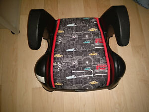 Booster seat for car, like new