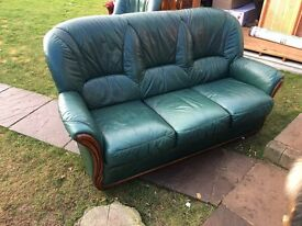 3 seater settee 2 chairs