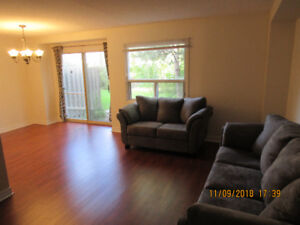 FURNISHED ACCOMMODATION  FOR PROFESSIONALS - WEST MISSISSAUGA.