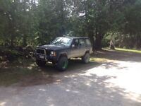 REDUCED. 92 jeep Cherokee xj SAFETIED AND ETESTED