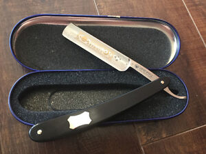 Dovo Old Fashioned Straight Razor Set- with all the accessories