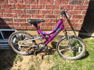 GIRLS BIKES BICYCLES CCM HUFFY SPORTS SPEED BIKE Cambridge Kitchener Area image 4