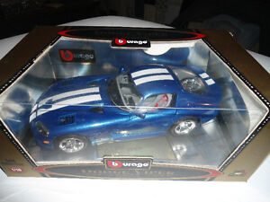 1996 Dodge Viper GTS Coupe - Diecast Collector #3330