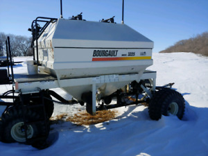 Bourgault 3225 Tank