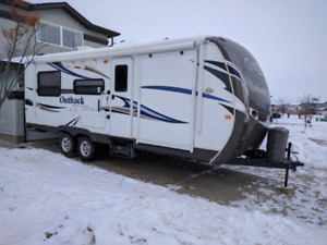 Keystone Outback 230RS 2013 Travel Trailer Toy Hauler