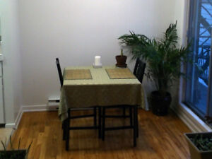 Square Tablecloth 52 by 52 Inches