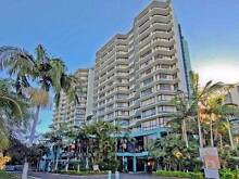 Refurbished 1 Bed Top Floor Unit Surfers Paradise Gold Coast City Preview