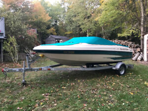 2000 Glastron Boat and Trailer