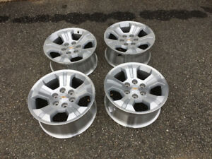 "18"" Chev / GMC Factory Alloy Rims"