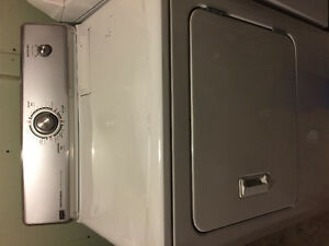 Whirlpool Washer and Maytag Dryer - Couple years old! Kitchener / Waterloo Kitchener Area image 3