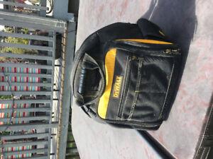 Dewalt  back pack / tool pouch