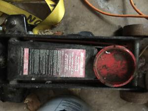 3 ton motomaster floor jack
