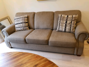 Great condition 3 seater sofa
