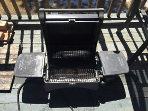 Cuisinart Table Top BBQ - PICKUP SAT OR SUN (May 28/29)