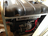 Génératrice  7750 watt BRIGGS & STRATTON  PRESQUE NEUF !!!