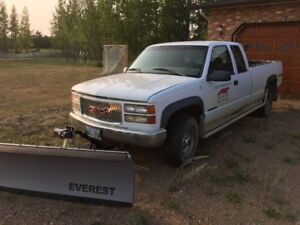 1998 GMC 2500 Truck and Snow Plow