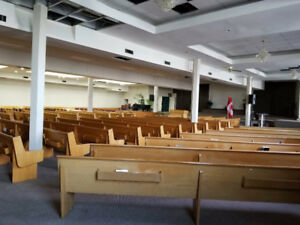 Oak Church Pews (North York, Ontario)