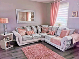 🤩 Stylish and comfortable Shannon Corner and 3+2 Sofa Available 🥰
