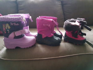 Girls winter boots size 6, 8, 10