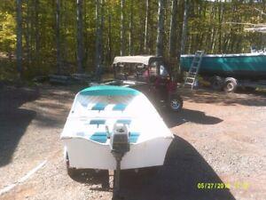 14ft Larivee fiberglass boat
