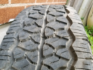 P275/65R18 BFG Rugged trail T/A & rim