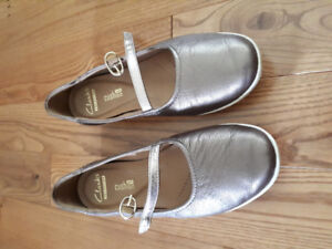 Clarks collection soft cushions shoe