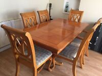Dining table set with 6 chairs with new fabric