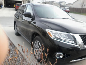 2013 Nissan Pathfinder S/AWD/7 Pass/Remote start/Back up Camera