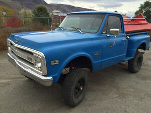 1970 Chev stepside 4X4 truck