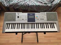 Yamaha PSR-E323 Keyboard